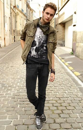 siyah jean öğrenci stili